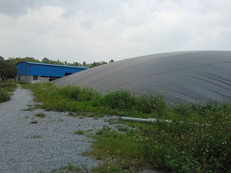 九越黑膜沼气池产品图片